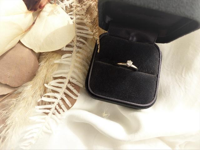 幸せを約束する婚約指輪